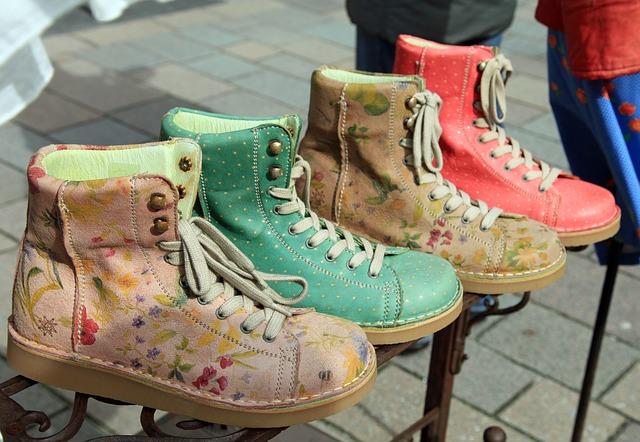 barevné boty