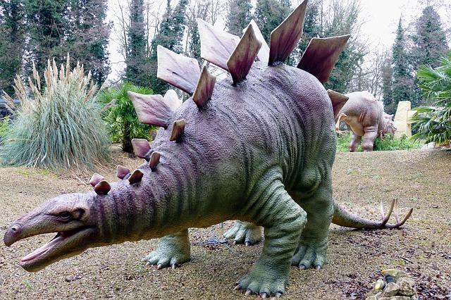 umělý dinosaurs
