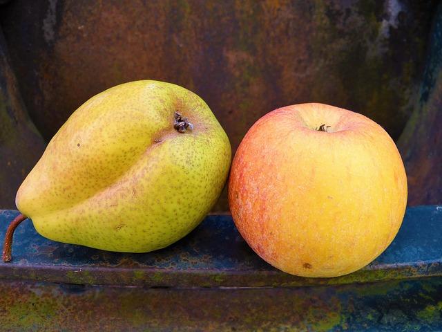 hruška s jablkem