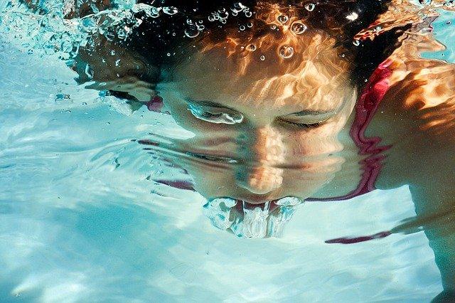 bublání pod vodou